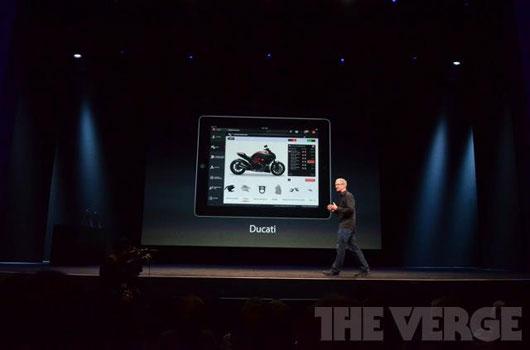 Tim Cook durante la presentazione di iPhone 5. Credits The Verge